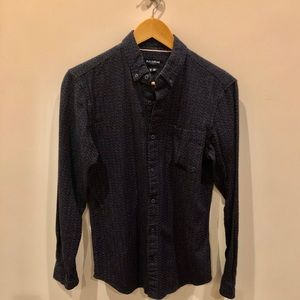 PULL AND BEAR Men's Textured Shirt